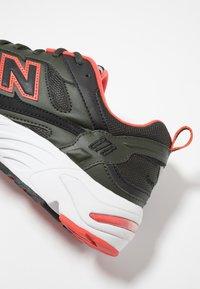 New Balance - CM878 - Sneakers - green - 5