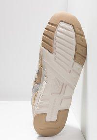 New Balance - CM997 - Sneaker low - tan - 4