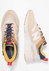 New Balance - CM997 - Sneaker low - tan - 1