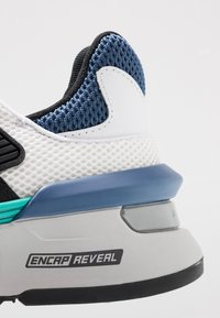New Balance - MS997 - Sneakers - white/blue - 5