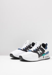 New Balance - MS997 - Sneakers - white/blue - 2
