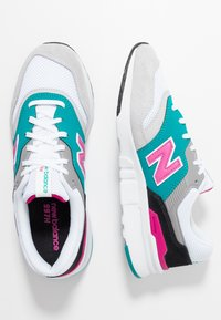 New Balance - CM997 - Sneakers - grey - 1
