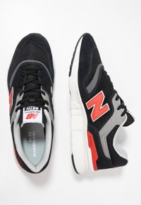 New Balance - CM997 - Sneakers - black/red - 1