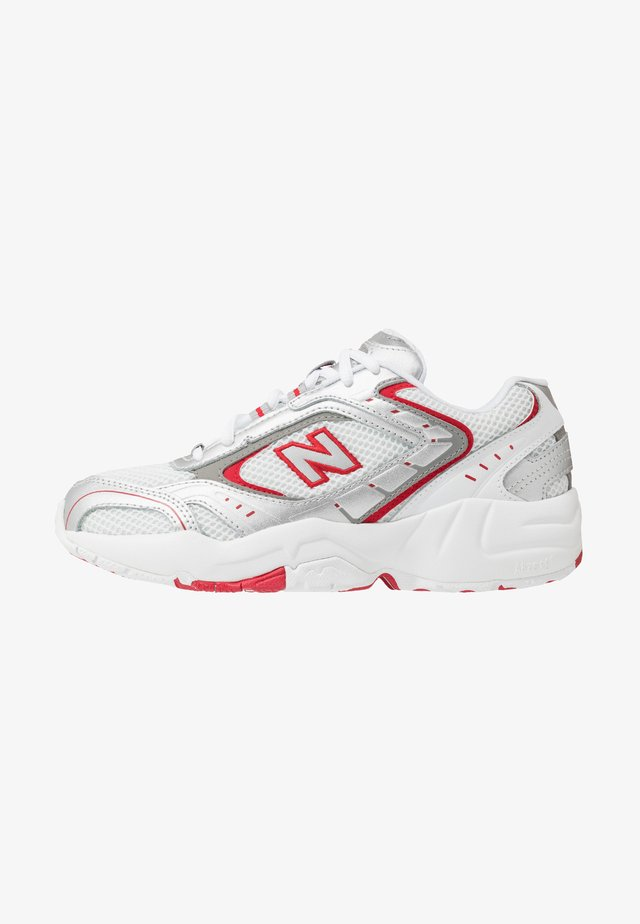 WX452 - Sneakers laag - white/black/team red