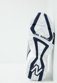 New Balance - WX452 - Baskets basses - silver/navy - 5