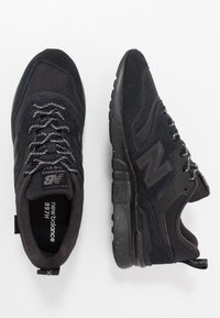 New Balance - CM997 - Sneakers - black - 1