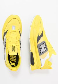 New Balance - MSXRC - Sneakers - yellow/black