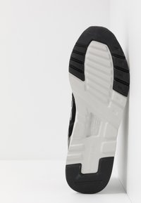 New Balance - 997 H - Zapatillas - black/grey - 4