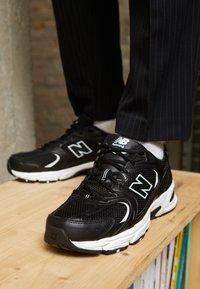 New Balance - MR530 - Zapatillas - black - 7