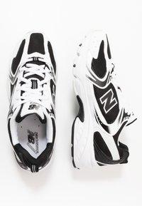New Balance - MR530 - Trainers - black/white - 1
