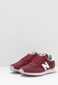 New Balance - 720 - Baskets basses - red/white - 2