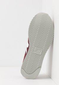 New Balance - 720 - Baskets basses - red/white - 4