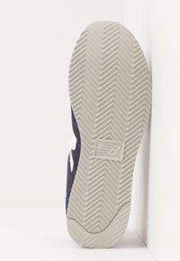 New Balance - 720 - Baskets basses - navy/white - 4