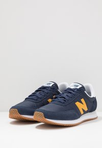 New Balance - 720 - Baskets basses - navy/yellow - 2