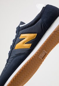 New Balance - 720 - Baskets basses - navy/yellow - 5