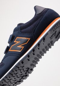 New Balance - YV500CN - Baskets basses - team navy - 2