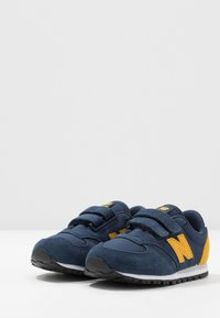 New Balance - IV420YY - Sneakers laag - navy - 3