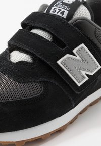New Balance - YV574SPT - Sneaker low - black - 2