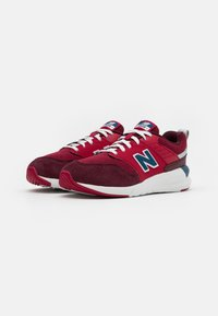 New Balance - YS009NE1 UNISEX - Zapatillas - red - 1