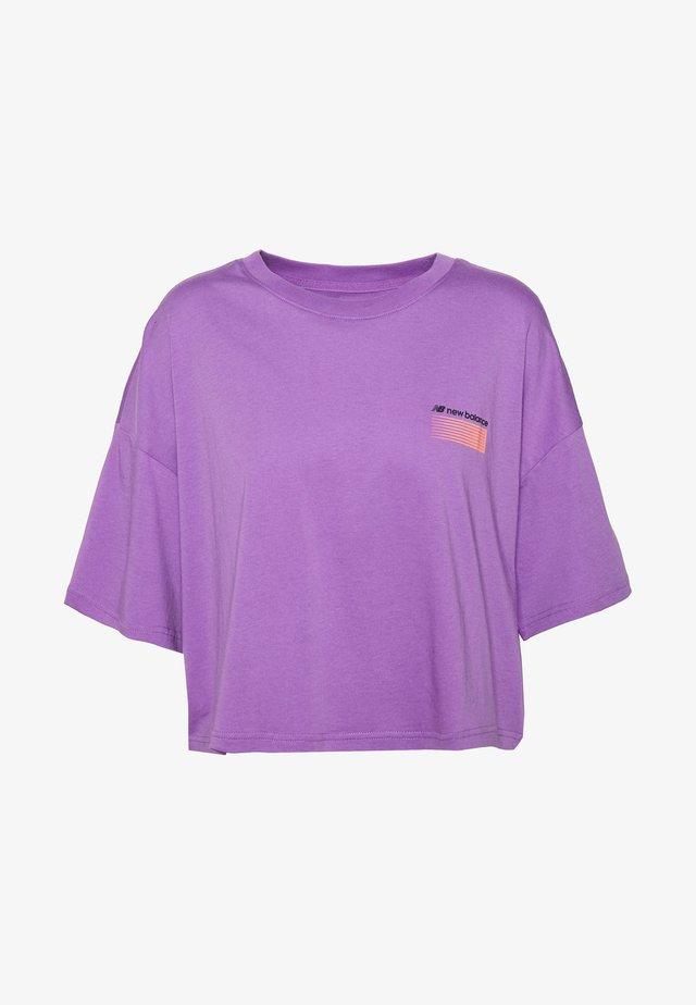 T-shirt print - neoviolt