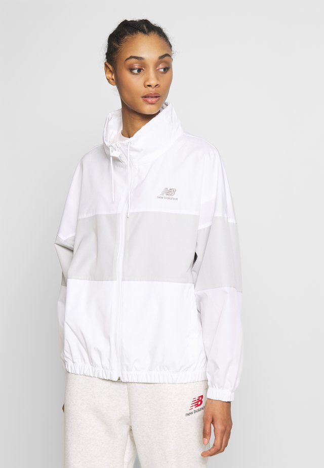 ATHLETICS WINDBREAKER - Korte jassen - white