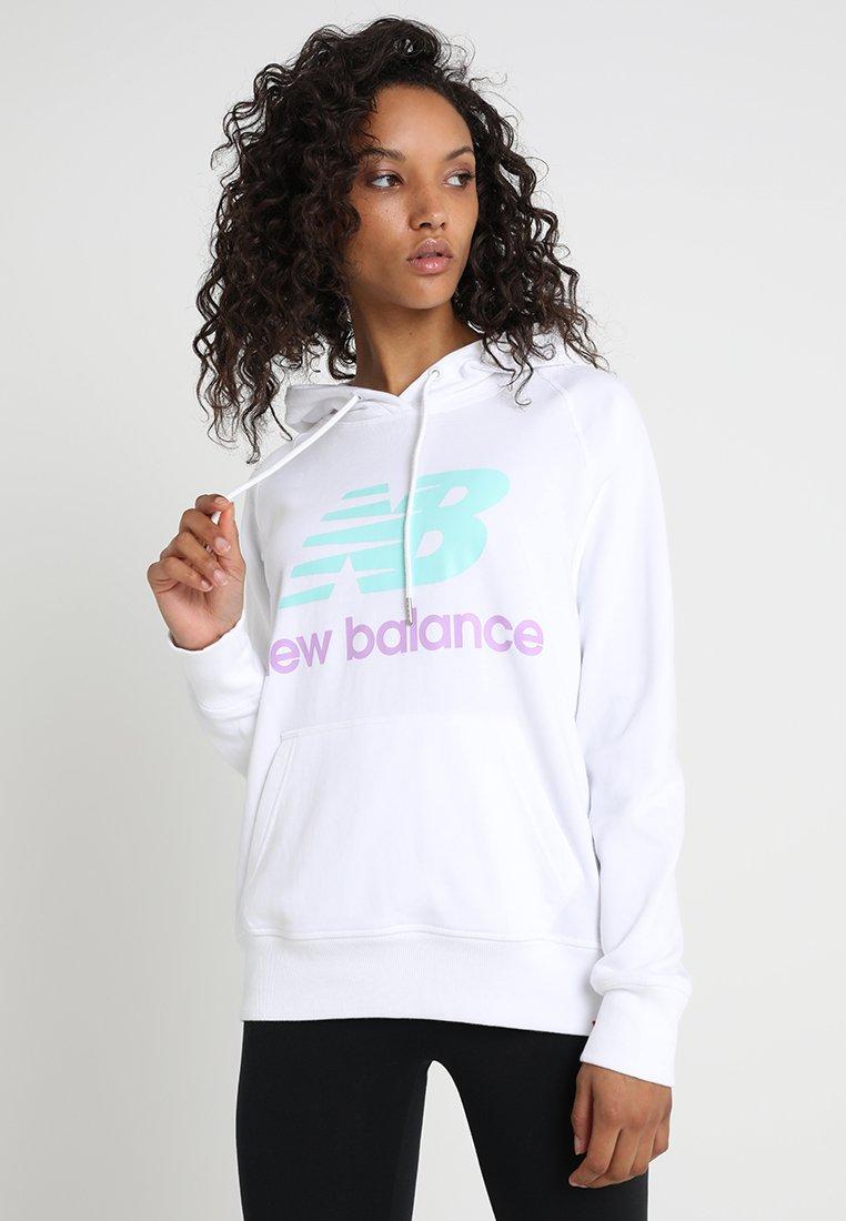 New Balance - ESSENTIALS HOODIE - Bluza z kapturem - white