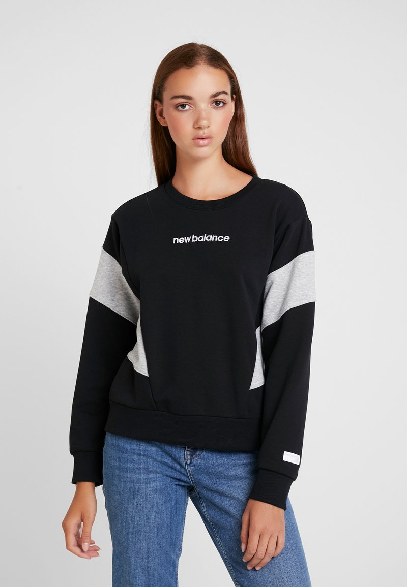 New Balance - ATHLETICS CLASSIC - Sweatshirt - black
