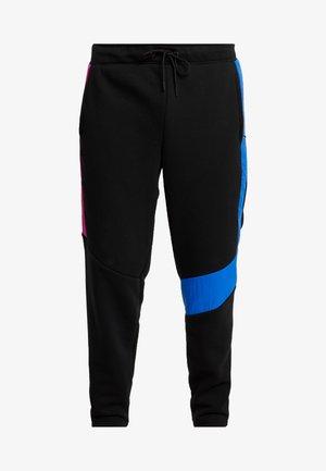 SPORT STYLE OPTIKS TRACK PANT - Verryttelyhousut - black