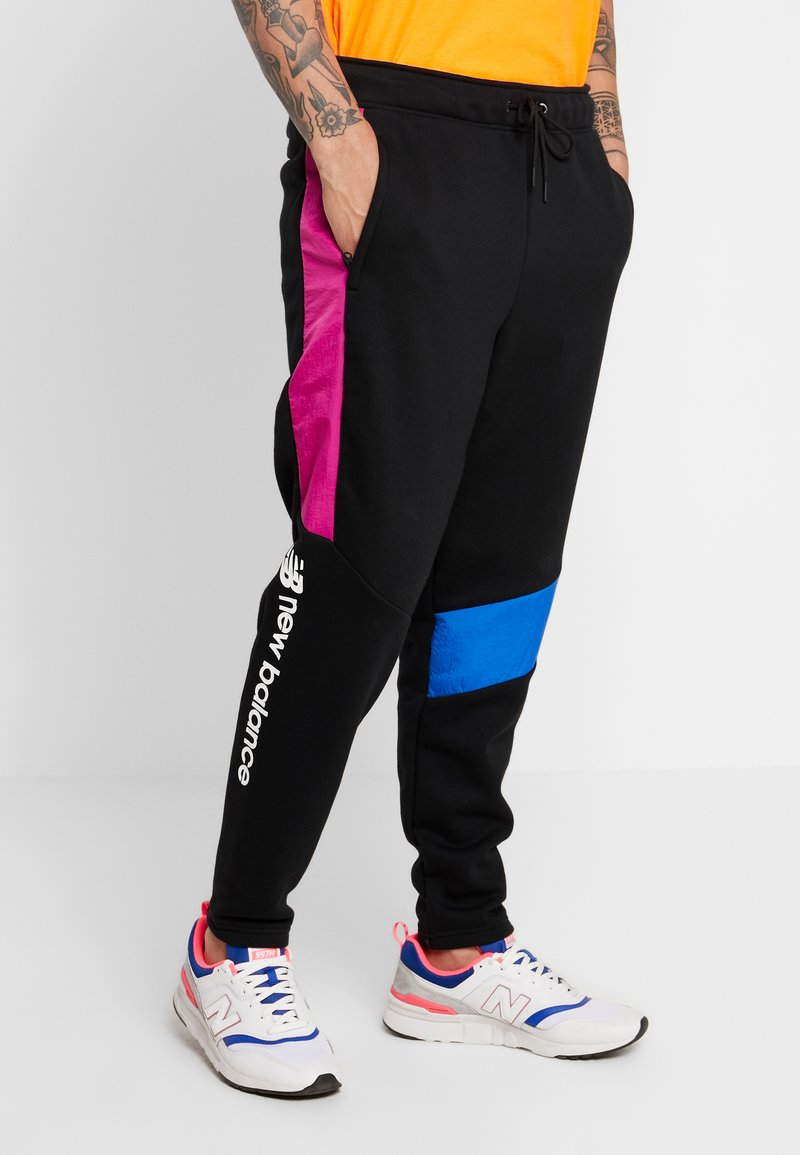 New Balance - SPORT STYLE OPTIKS TRACK PANT - Jogginghose - black