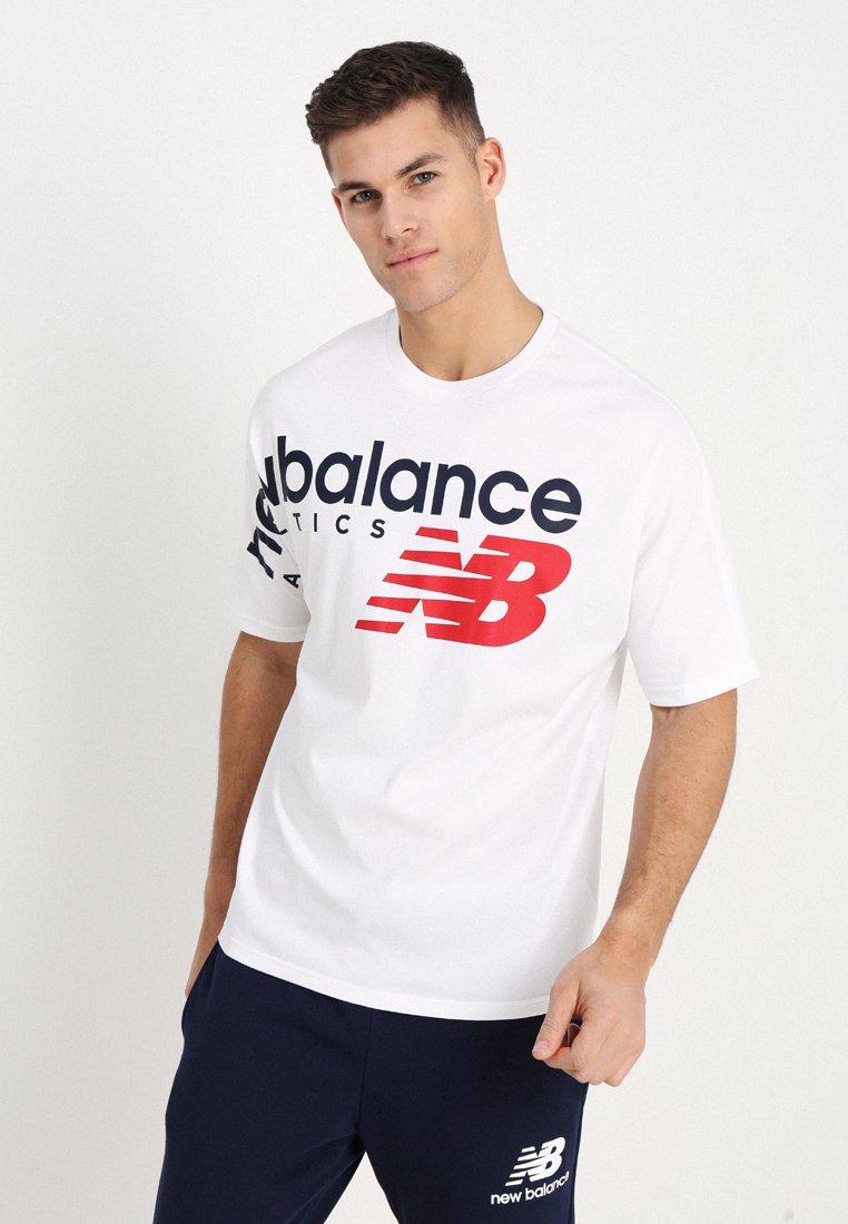 New Balance - ATHLETICS CROSSOVER - T-Shirt print - white