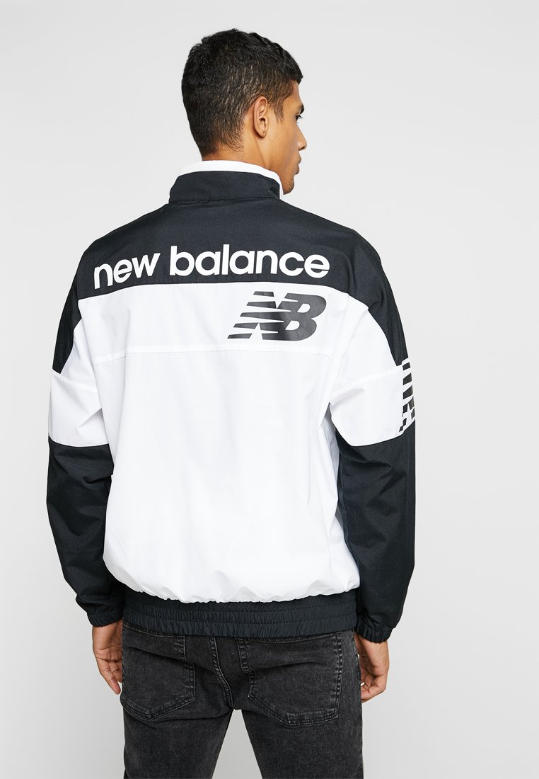 New Balance - ATHLETICS - Windbreaker - black