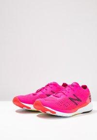 New Balance - 890 V7 - Juoksukenkä/neutraalit - pink - 2