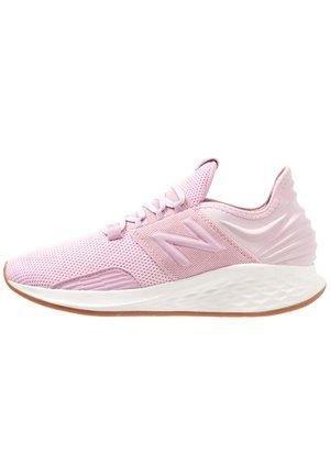 Stabilty running shoes - oxygen pink/sea salt