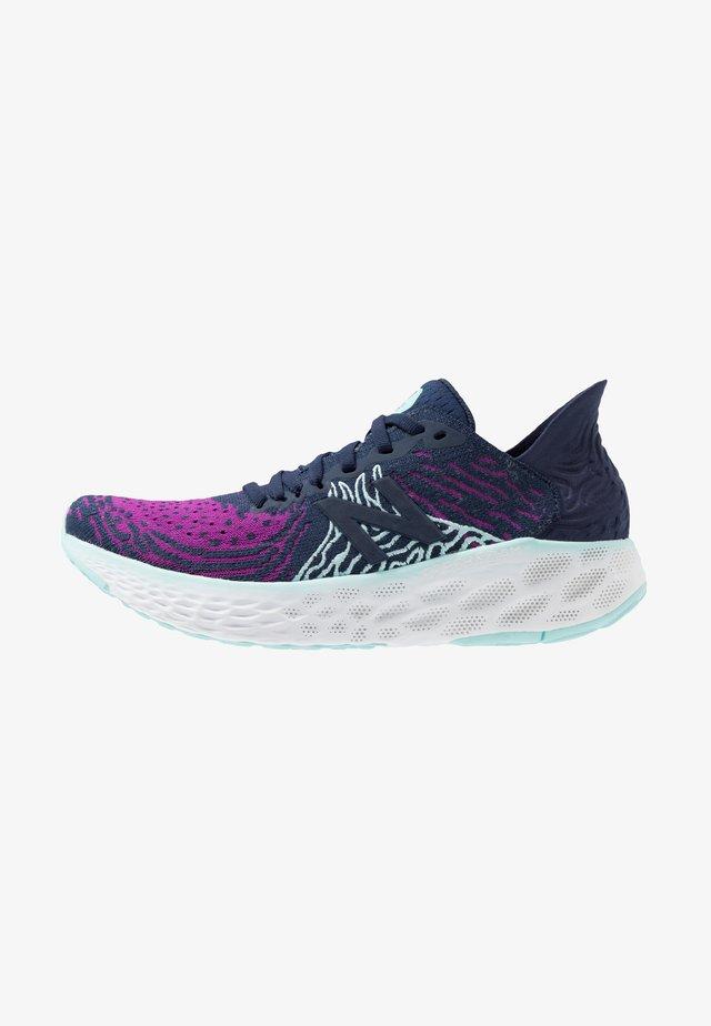 1080 V10 - Zapatillas de running neutras - purple