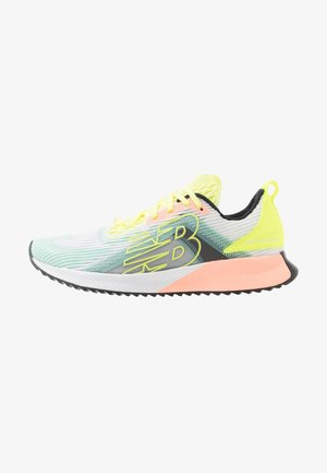 WFCELLM - Neutral running shoes - lemon slush