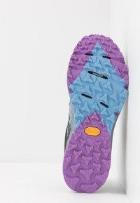 New Balance - WTSKOMSE - Zapatillas de trail running - grey - 4