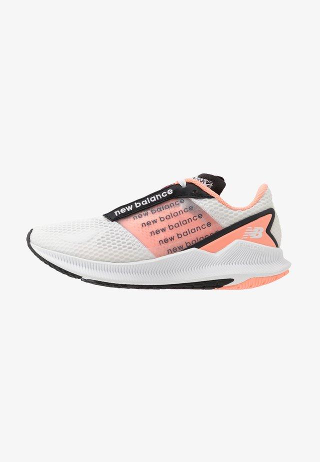 WFCFLLG - Hardloopschoenen neutraal - white/pink