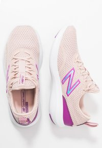 New Balance - WCSTLBL5 - Zapatillas de running neutras - pink - 1