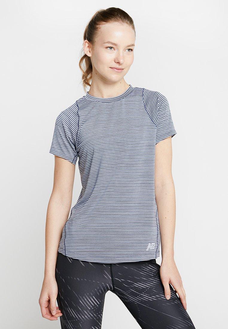 New Balance - SEASONLESS  - T-Shirt print - grey