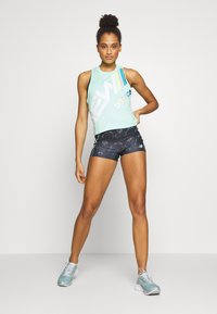 New Balance - PRINTED VELOCITY CROP TANK - Sports shirt - neo mint - 1
