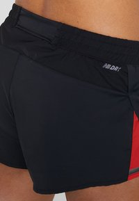 New Balance - SPEED TRACK SHORT - kurze Sporthose - black - 4