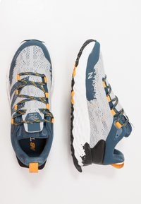New Balance - HIERRO V5 - Scarpe da trail running - grey - 1