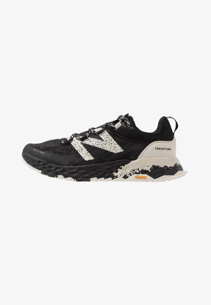 New Balance - HIERRO V5 - Chaussures de running - black