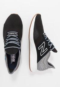 New Balance - ROAV - Chaussures de running neutres - light aluminium - 1