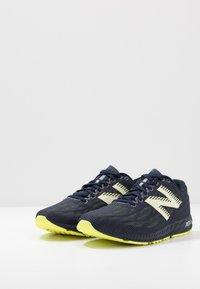 New Balance - 1400 V6 - Chaussures de running compétition - navy - 2