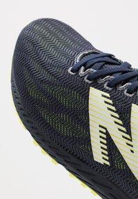 New Balance - 1400 V6 - Chaussures de running compétition - navy - 5