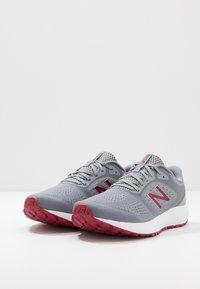 New Balance - 520 V6 - Chaussures de running neutres - grey - 2