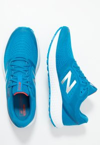 New Balance - 520 V6 - Zapatillas de running neutras - blue - 1