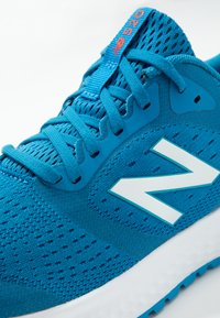 New Balance - 520 V6 - Zapatillas de running neutras - blue - 5