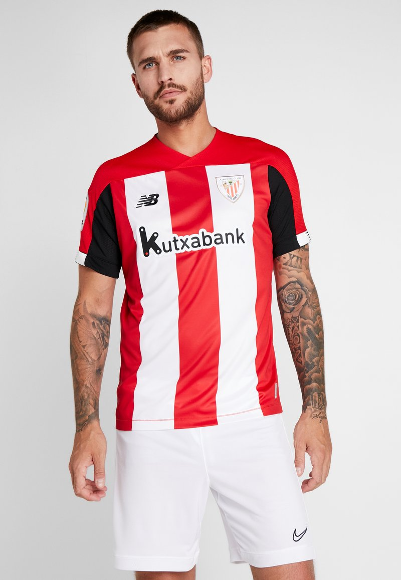 New Balance - ATHLETIC CLUB HOME - Article de supporter - red